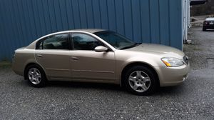 Nissan altima for Sale in Cajah's Mountain, NC