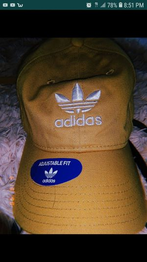 Adidas hat for men and women**negotiable** for Sale in Bloomington, CA