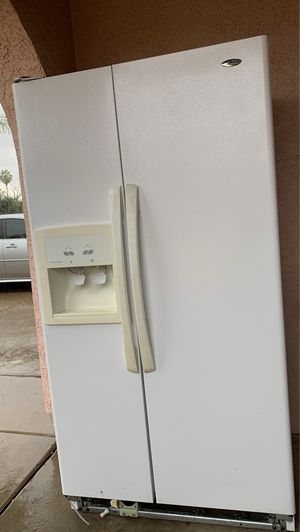 FREE refrigerator - everything works! for Sale in Glendale, AZ