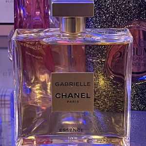 Chanel Gabrielle Essence 100ml Women's Perfume for Sale in Rancho Cucamonga, CA