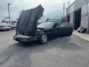 1993 chevy corvette 81k super clean for Sale in Brook Park, OH