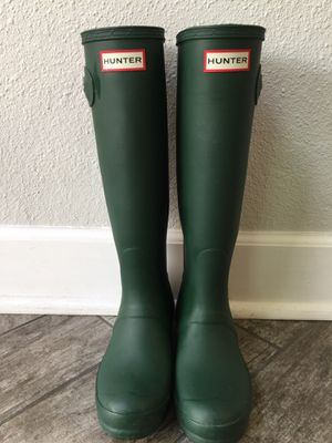 HUNTER Women's Original Tall Rain Boots for Sale in San Diego, CA