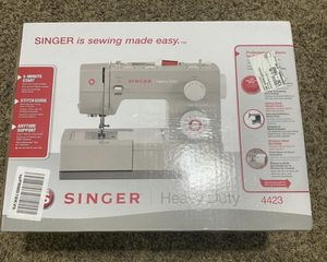SINGER 4423 Sewing Machine for Sale in Southwest Ranches, FL