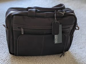 Kenneth Cole Messenger Bag for Sale in Bellevue, WA