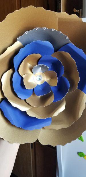 Flor multi color for Sale in Lodi, CA