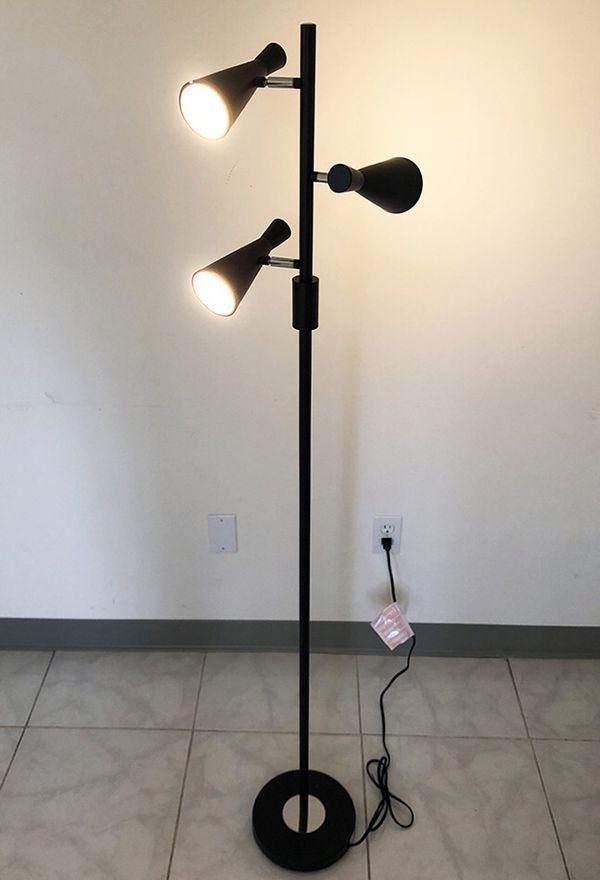 Brand New $30 LED 3-Light Floor Lamp 5ft Tall Adjustable Tilt Light Fixtures Home Living Room Office