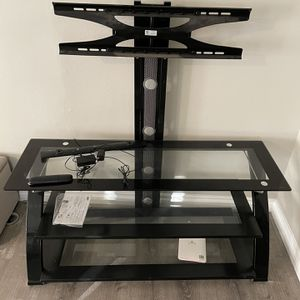"""TV Stand.... Can Mount Up To 70"""" thin TV's for Sale in San Diego, CA"""