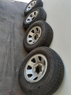 94 Toyota 4Runner rims and tires $150 FIRME for Sale in Anaheim, CA