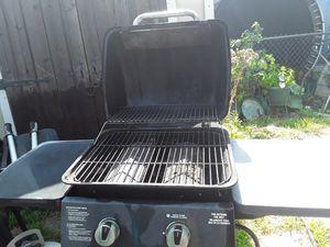 Propane BBQ grill for Sale in Rialto, CA