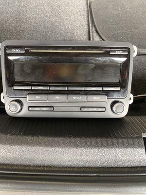 2013 Passat volkwagon stock radio for Sale in San Bernardino, CA
