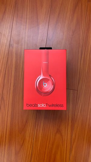 Beats Solo 2 wireless (2016) for Sale in Midway City, CA