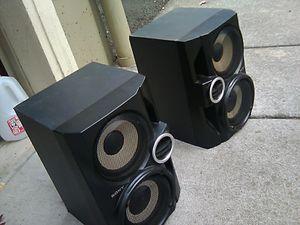 Sony audio stereo speaker set of two for Sale in Portland, OR