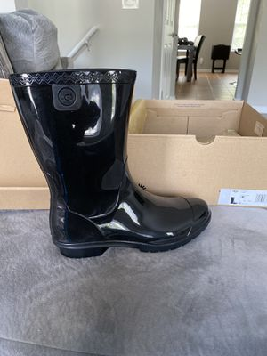 UGG rain boots! for Sale in Stonecrest, GA