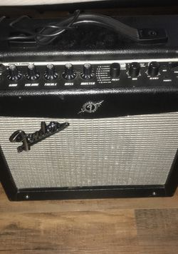 Fender mustang amplifier for Sale in Chicago,  IL