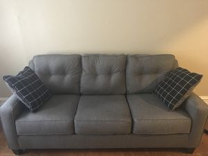 Gray couch for Sale in Portland, OR