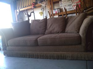 Antique Couch for Sale in Chino, CA