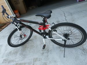 Men's Bike - $175 for Sale in Jonesboro, GA