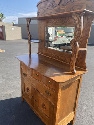 1930's antique dresser for Sale in Los Angeles, CA