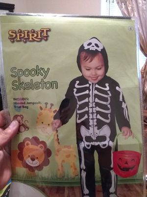 Baby halloween costume 30 for the 2 of them for Sale in Reedley, CA