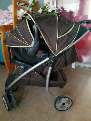 stroller and baby carrier. for Sale in San Angelo, TX