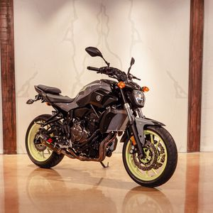 2016 YAMAHA FZ07 for Sale in Miami, FL