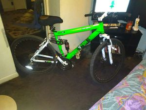 Genesis mountain bike like new for Sale in Columbus, OH