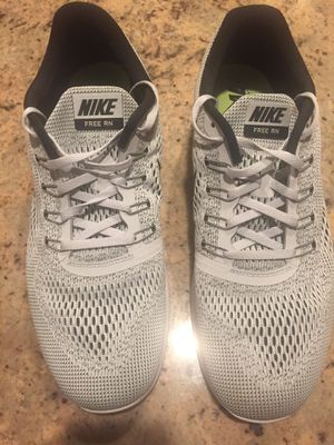 Gray & white mesh Nike's for Sale in Bloomfield Hills, MI