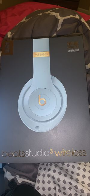 Beats studio 3 wireless for Sale in Camby, IN