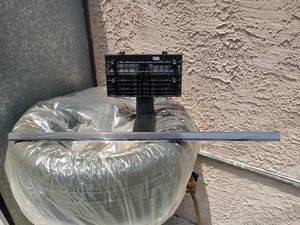55 Sony t.v. stand for Sale in Vernon, CA
