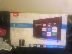 Tcl 40 inch Roku smart tv for Sale in Germantown, MD