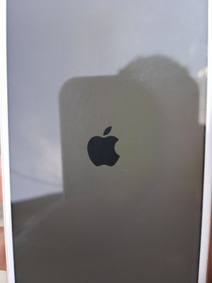 iPhone 6s unlocked no crackes for Sale in Atlanta, GA