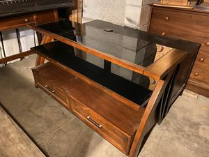 Entertainment center for Sale in Los Angeles, CA