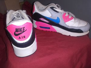 Nike Air Max size 1 little.girls shoes for Sale in Tampa, FL