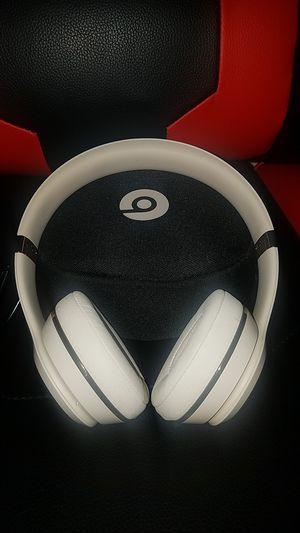 Wireless Beats solo 3 for Sale in Stockton, CA