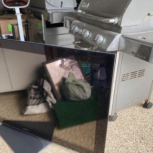 """Sony Brava 55"""" TV With Polk Sound at And subwoofer for Sale in West Palm Beach, FL"""