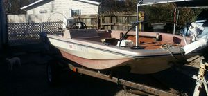 16 foot bass boat for Sale in Murfreesboro, TN