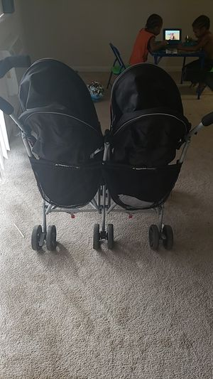 J is for jeep double stroller for Sale in East Riverdale, MD
