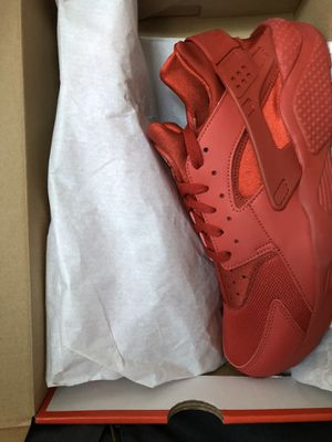 Nike shoes huaraches for Sale in The Bronx, NY