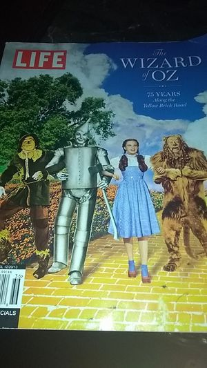 "Wizard Of Oz ""LIFE""book. for Sale in Maud, OK"
