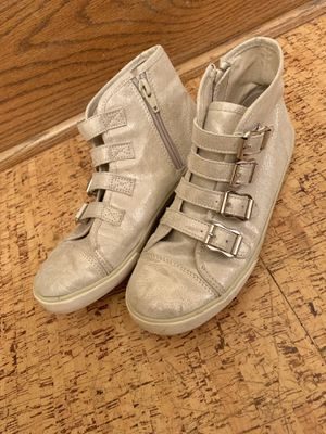 Girl's shoes size 3 for Sale in Minneapolis, MN