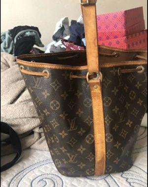 Authentic Louis Vuitton bag for Sale in San Antonio, TX