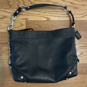 Beautiful Coach Purse Black Leather Barely Used for Sale in Arlington, VA