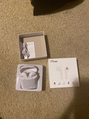 Bluetooth headphones new! for Sale in Fresno, CA