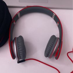 Beats By Dr.Dre Solo HD Special Edition Red (wired) for Sale in San Diego,  CA