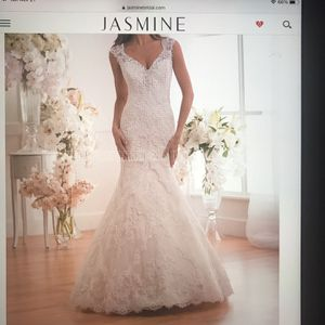 Jasmine collection wedding Gown for Sale in San Dimas, CA