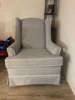 Nursery Rocking Chair for Sale in Riverview, FL