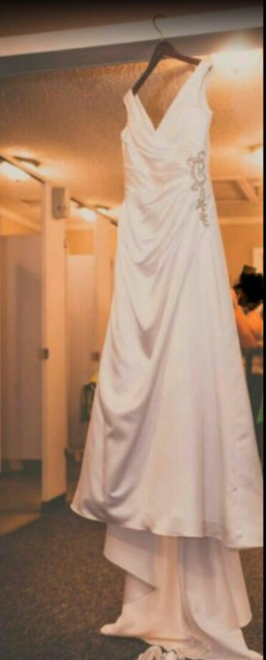 Wedding dress for Sale in WA, US