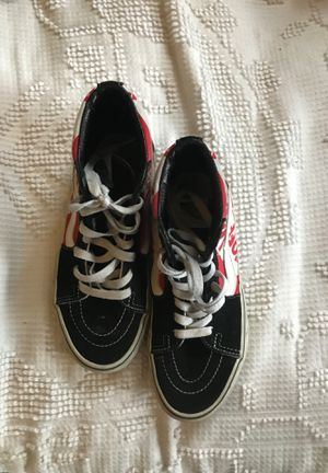 Vans black red and white for Sale in Coatesville, PA