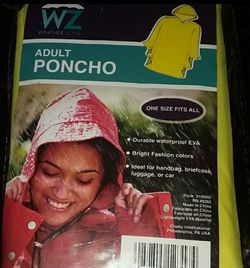 Adult Yellow Poncho raincoat NIP for Sale in Alton,  IL