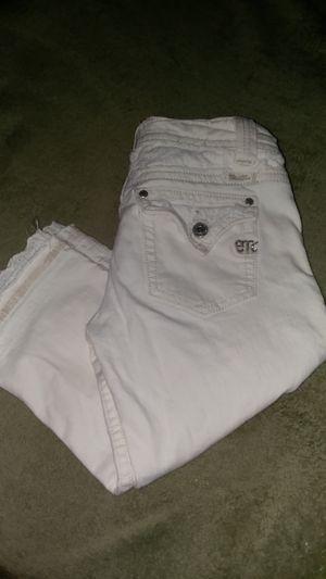 Miss Me capri jeans for Sale in Kingston, MA